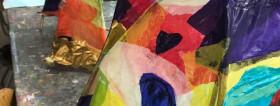 Laternen aus Ästen und Transparentpapier